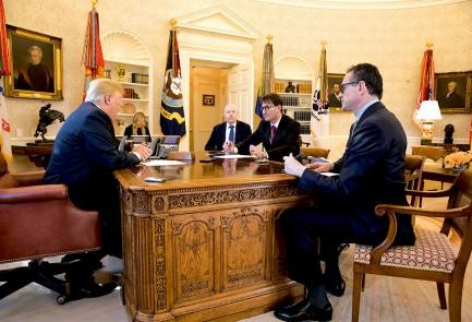 ترامپ در این گفتوگو، وعدهی انتقال سفارت آمریکا به بیتالمقدس را یکیاز مهمترین اقدامات خود در سال نخست ریاستجمهوریش برشمرد