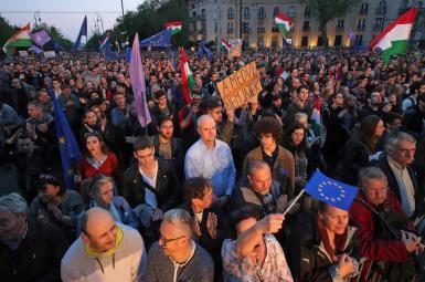 راهپیمایی گسترده در بوداپست در اعتراض به نخستوزیری ویکتور اوربان