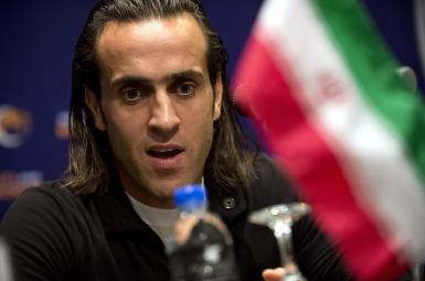 علی کریمی، فوتبالیست سرشناس ایرانی