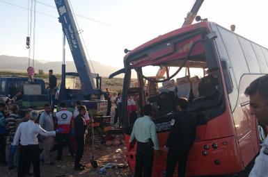 واژگونی اتوبوس حامل دانشآموزان دختر