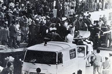 حمله نظامیها به بیمارستان شاهرضای مشهد