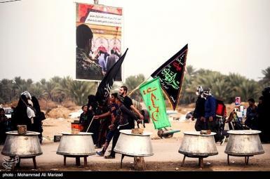 راهپیمایی زائران ایرانی اربعین بهسوی کربلا