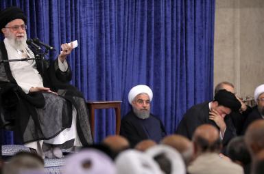 دیدار رهبر جمهوری اسلامی با مسؤولان نظام