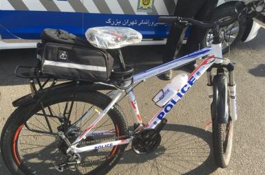 دوچرخههای پلیس دوچرخهسوار پایتخت، مجهزبه آرم و نشانهای پلیس