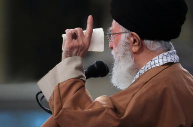 آیتالله خامنهای