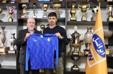 باشگاه استقلال تهران یک بازیکن مقدونیه ای به خدمت گرفت.
