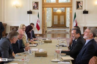 دیدار عباس عراقچی و آلیستر برت، معاون وزرای خارجه ایران و بریتانیا در تهران