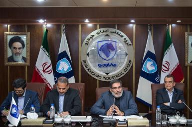 علی شمخانی، دبیر شورایعالی امنیت ملی، در نشست مشترک با مدیران ارشد خودروسازی