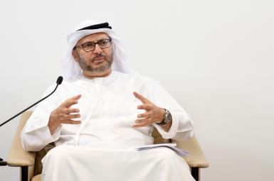 انور قرقاش وزیر مشاور در وزارت امور خارجه امارات متحده عربی، روز یکشنبه بیست ویکم آبانماه، اعلام کرد که کشورش در برابر «تهدید ایران و متحدانش» دستبسته نخواهد ماند.