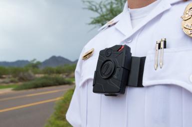 تجهیز لباس پلیس به دوربین در سه استان ایران