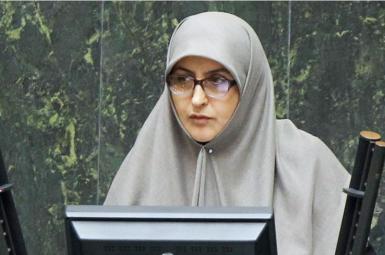 طیبه سیاوشی شاهعنایتی نایب رییس فراکسیون زنان مجلس شورای اسلامی