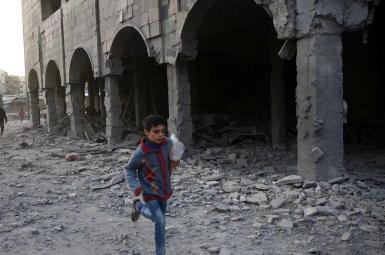 بمباران انبار کمکهای انسان دوستانه در شهرک دومای سوریه