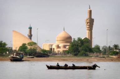 اروندرود در مرز ایران و عراق - سال ۲۰۰۴ میلادی