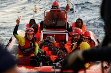 نجات ۲۵۰ پناهجو توسط گارد ساحلی لیبی