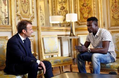 نجات جان یک کودک توسط مهاجر آفریقایی در فرانسه