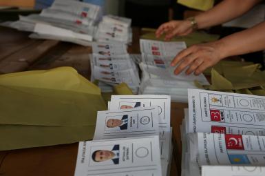 پایان رایگیری درانتخابات ترکیه؛ آغاز شمارش آرا