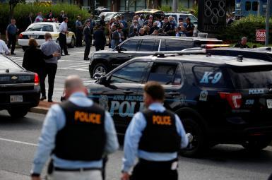 پلیس در صحنه حمله به مسلحانه به دفتر روزنامه «کاپیتال گازت»