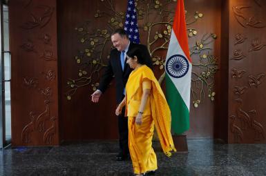 مایک پمپئو، وزیر خارجه آمریکا، در کنار وزیر خارجه هند