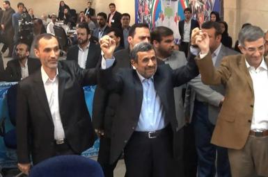 درخواست یاران احمدینژاد برای برگزاری تجمعات