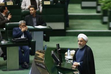 حسن روحانی در مجلس