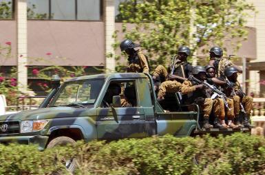 ۸ کشته و بیش از ۸۰ زخمی در حمله مهاجمان مسلح به سفارت فرانسه در بورکینافاسو