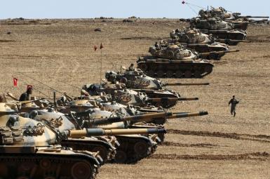 استقرار تانک های ارتش ترکیه درمرز سوریه درنزدیکی عفرین