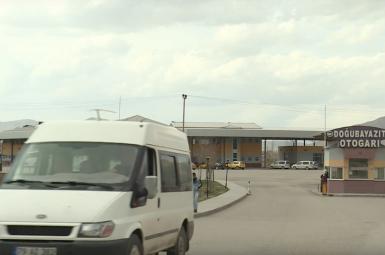 هجوم پناهجویان افغانستانی و پاکستانی به شهرهای مرزی ترکیه با ایران