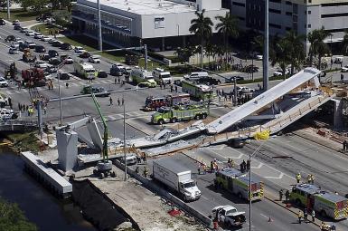 فرو ریختن پل در ایالت فلوریدا