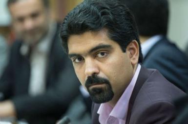 سپنتا نیکنام، منتخب مردم یزد در شورای شهر