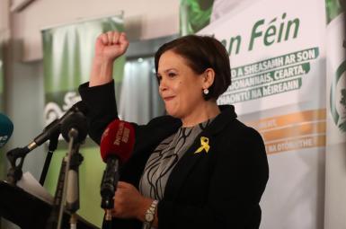 حزب جمهوریخواه ایرلند شمالی (شین فین) ماری لو مکدونالد را بهعنوان رهبر جدید خود انتخاب کرده است.