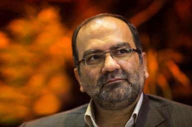 مصطفی محبی، مدیرکل زندانهای تهران درباره فوت «سینا قنبری» یکی از زندانیان بازداشتگاه اوین توضیحاتی ارائه کرد.