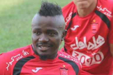 گادوین منشا مهاجم جدید و نیجریهای تیم فوتبال پرسپولیس
