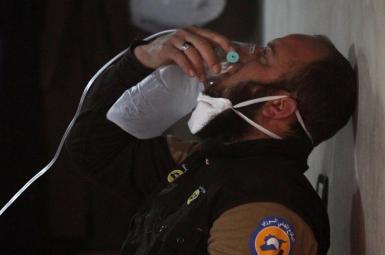 به کاربردن  سلاح شیمیایی سوریه