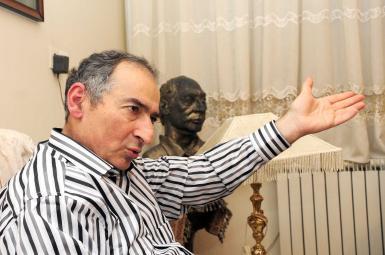 صادق زیباکلام، استاد دانشگاه و تحلیلگر سیاسی
