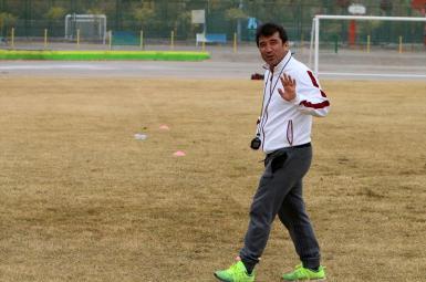 خداداد عزیزی، مربی پیشین تیم سپیدرود