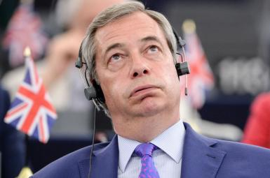 نایجل فراژ، که بهعنوان رهبر پیشین حزب مستقل بریتانیا (UKIP) در رأس تبلیغات و کارزار رفراندوم برای خروج از اتحادیه اروپا قرار داشت