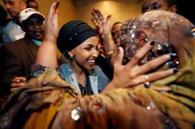 جشن پیروزی الهان عمر، نامزد مسلمان سومالیاییتبار پساز انتخاب بهعنوان نماینده ایالت مینهسوتا در مجلس نمایندگان