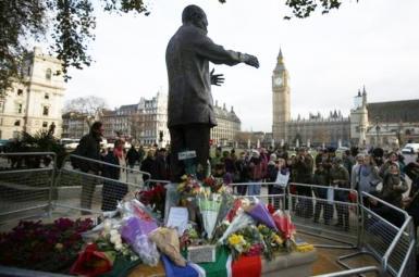 مجسمهی نلسون ماندلا