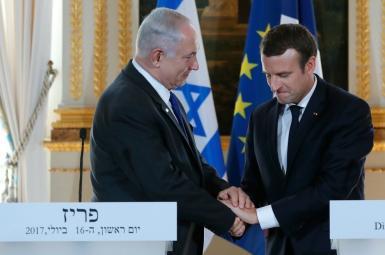 امانوئل مکرون، رئیسجمهور فرانسه و بنیامین نتانیاهو، نخستوزیر اسرائیل