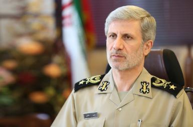 سرتیپ امیر حاتمی، وزیر دفاع و پشتیبانی نیروهای مسلح ایران