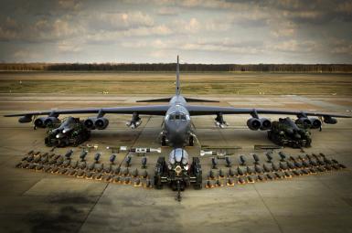 A B-52 US strategic bomber. File