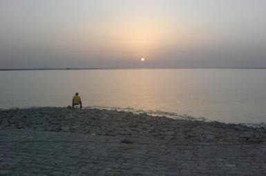 آلودگی نفتی در ساحل منطقه مجیدیه بندرماهشهر