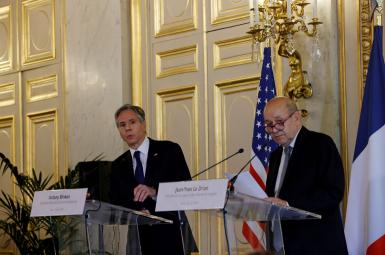 French Foreign Minister Jean-Yves Le Drian and US Secretary of State Antony Blinken attend a joint news conference in Paris, June 25, 2021
