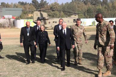 دیدار وزیر دفاع آمریکا از افغانستان