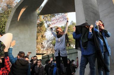 اهمیت اعتراضات جاری در ایران بروز آن پس از سرکوبهای گذشته است