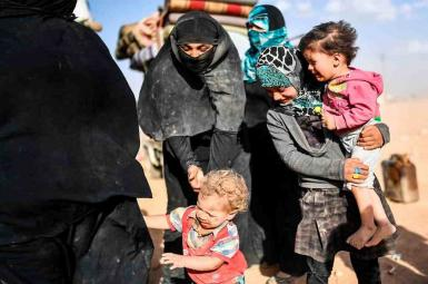 در ۸ روز ۹۵ هزار نفر منازل خود را در دیرالزور سوریه ترک کردند