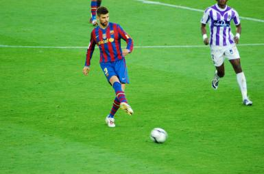 ژرارد پیکه، مدافع تیم فوتبال بارسلونا و تیمملی اسپانیا