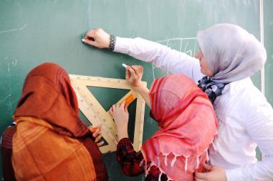 دختران مسلمان در مدارس انگلیس