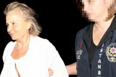 تصویر نازی ایلجاک زن روزنامه نگار ترکیه