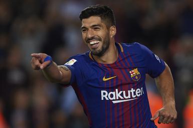 لوئیس سوارس، مهاجم گلزن و اروگوئهای تیم بارسلونا به رکورد ۴۰۰ گل زده در دوران حرفهای فوتبالش رسید.